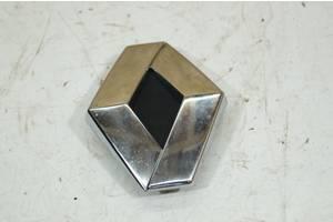 б/у Эмблема Renault Scenic