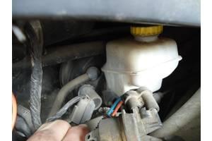 б/у Главные тормозные цилиндры Chrysler 300 С