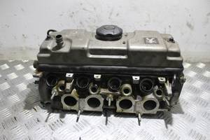 б/у Головки блока Peugeot 206