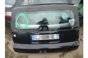 Крышка багажника Honda HR-V