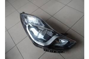 Фара Hyundai i30