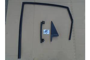 б/у Уплотнитель двери Hyundai Tucson
