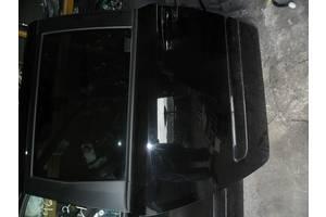 Дверь задняя Kia Carnival