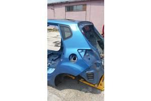 Четверти автомобиля Kia Venga