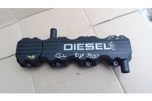 Крышка клапанная Opel Astra