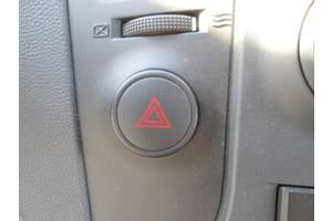 б/у Кнопка аварийки Hyundai H1 груз.
