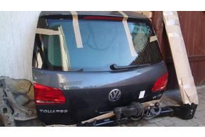 Замок крышки багажника Volkswagen Touareg