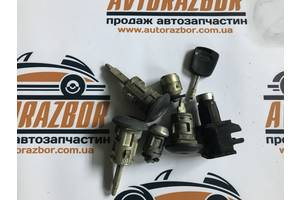 б/у Замок двери Ford Transit Connect