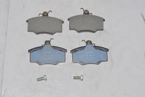 Тормозные колодки комплект