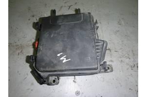 б/у Блок предохранителей Renault Megane
