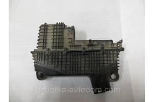 Корпус воздушного фильтра Renault Kangoo