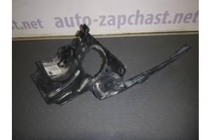 б/у Крепление фары Renault Clio Symbol