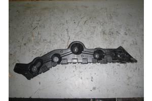 б/у Кронштейн бампера Renault Logan