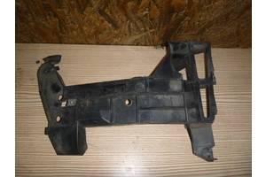 б/у Кронштейн бампера Renault Master груз.