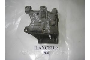 Кронштейн Mitsubishi Lancer