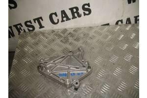 Кронштейн Fiat Doblo