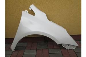 б/у Крыло переднее Toyota Avensis