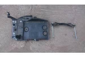 б/у Корпус под аккумулятор Mazda CX-5