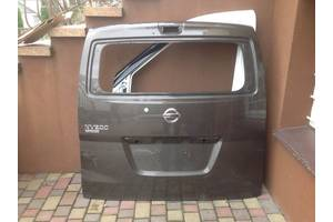 Крышки багажника Nissan NV