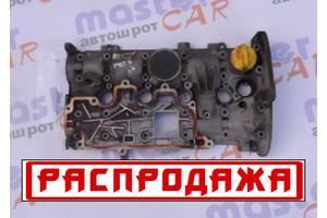 Крышки клапанные Renault Megane