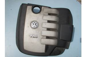Крышка мотора Volkswagen Touareg