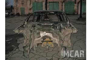 Четверть автомобиля Mercedes GL-Class