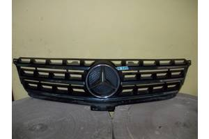 Решётка радиатора Mercedes ML-Class