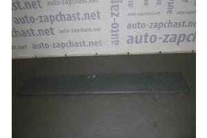 б/у Молдинг двери Opel Vivaro груз.