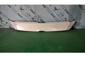 б/у Молдинги решетки радиатора Mazda 3