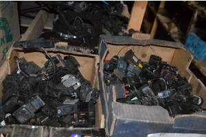 Блоки управления стеклоподьёмниками Peugeot 605