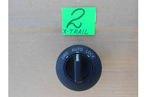 б/в Блок кнопок в торпеду Nissan X-Trail