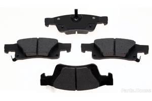 Новые Тормозные колодки комплекты Dodge Durango