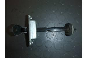 б/у Ограничитель двери Chevrolet Lacetti