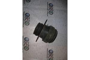 б/у Подушка мотора Volkswagen Golf IIІ