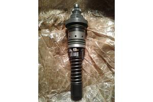 б/у Топливные насосы высокого давления/трубки/шестерни Deutz-Fahr Claas Atles