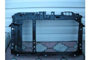 Панель передняя Ford Fiesta
