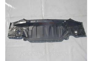 Панель задняя Toyota Avensis