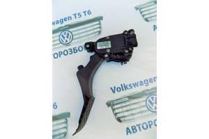 б/у Педаль газа Volkswagen T5 (Transporter)