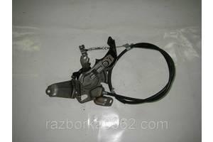 Педаль ручника Toyota Camry