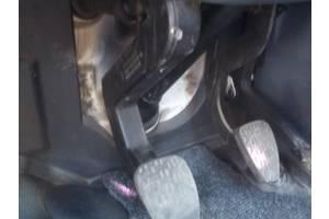 Педали сцепления Volkswagen LT