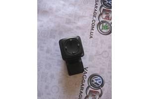 б/у Блок управления зеркалами Volkswagen Passat B4