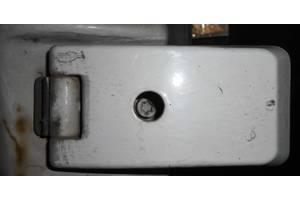 б/у Петли двери Volkswagen LT