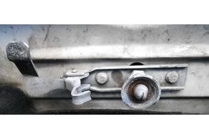 б/у Петли крышки багажника Volkswagen LT