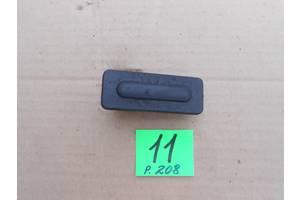 б/у Ручка двери Peugeot 208