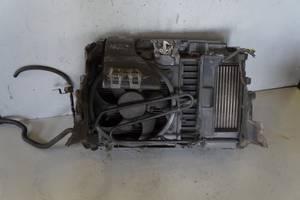 Радиатор Peugeot 407