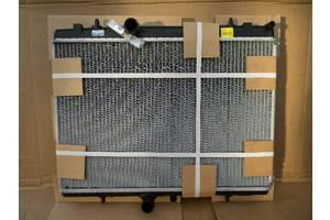 Радиатор Peugeot 5008