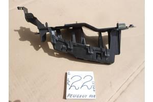 б/у Кронштейн бампера Peugeot 508