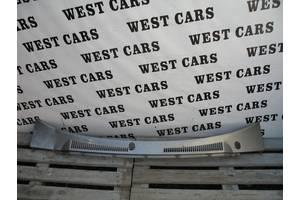 Пластик под лобовое стекло Nissan Patrol