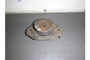 б/у Подушки АКПП/КПП Opel Vivaro груз.