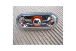 Поворотники/повторители поворота Volkswagen Caddy